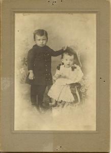 1887 Slim & Bess