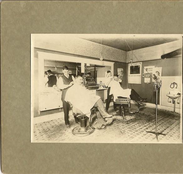 1921+ Barber Shop_2